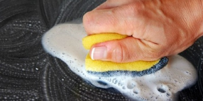 Natural Paint Remover for wood